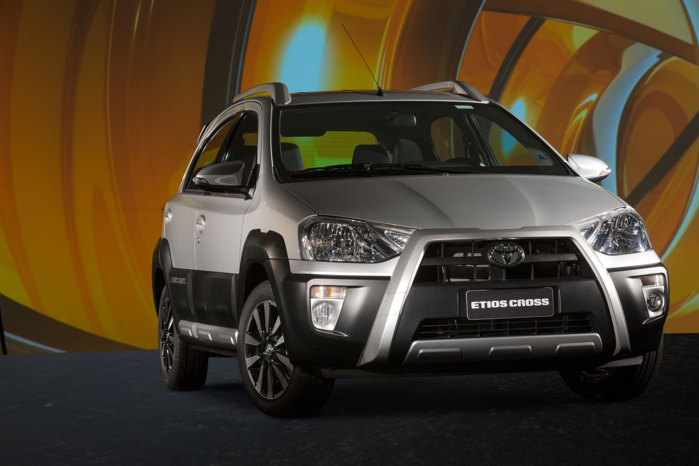 Toyota Etios Cross dá adeus ao mercado