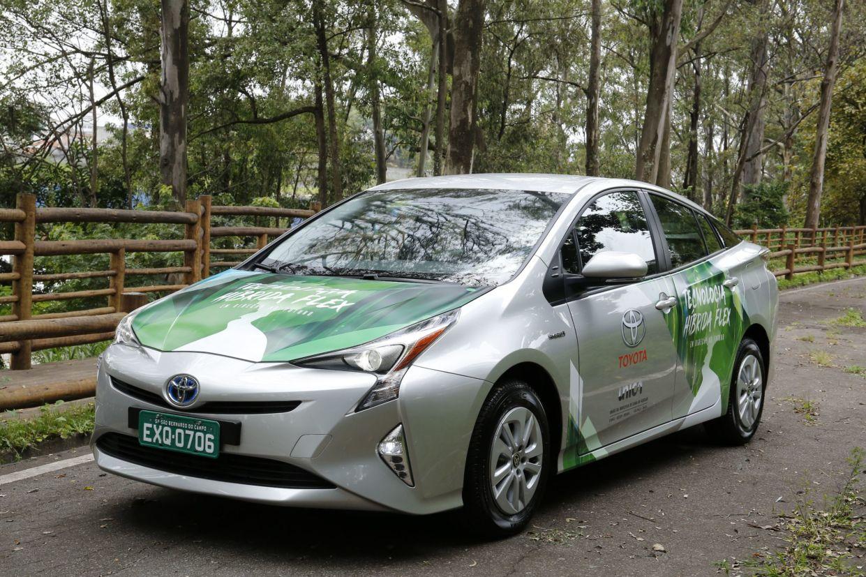 Toyota Prius flex coloca marca japonesa na vanguarda