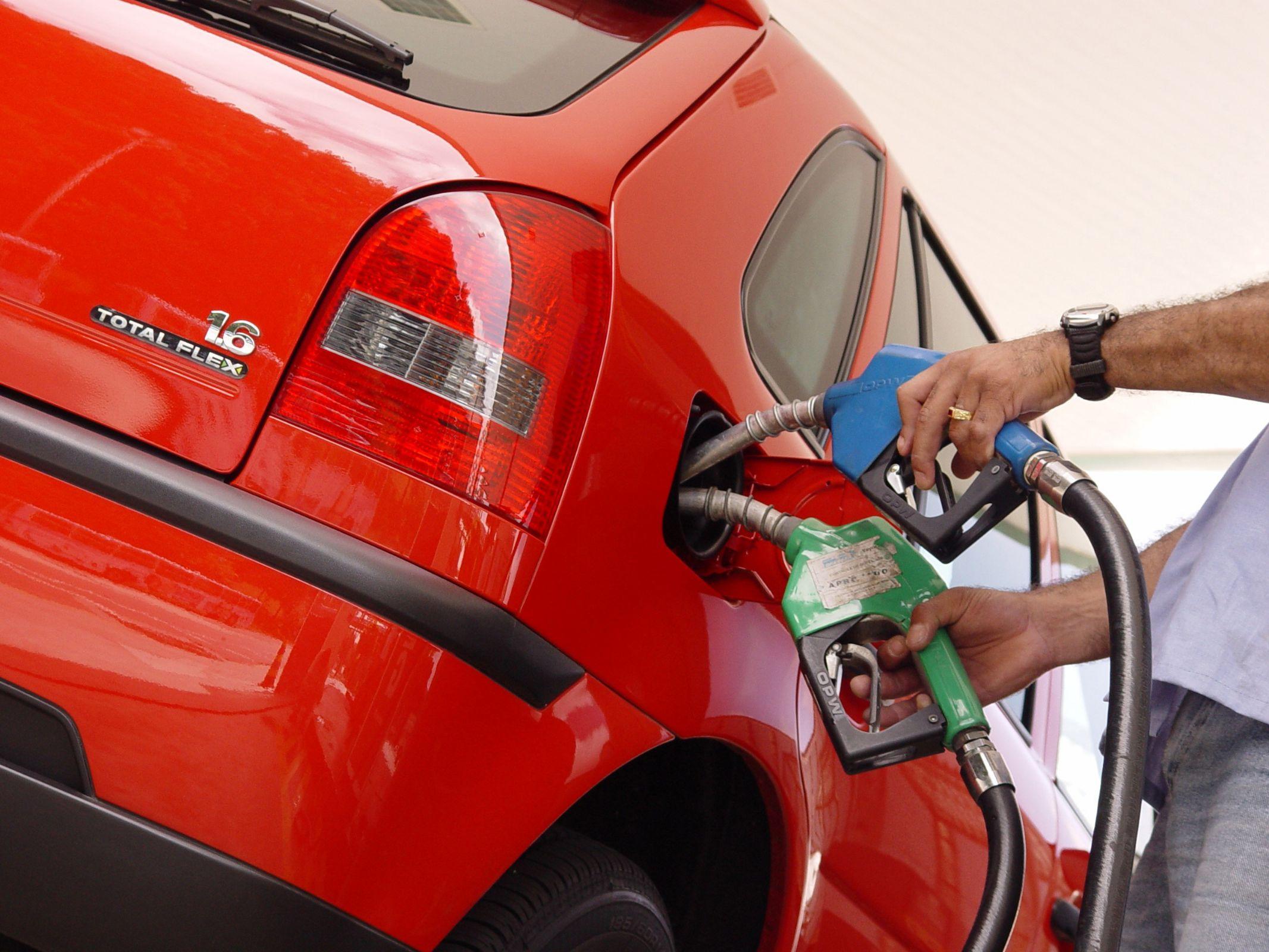 VW Gol o primeiro carro flex vendido no Brasil