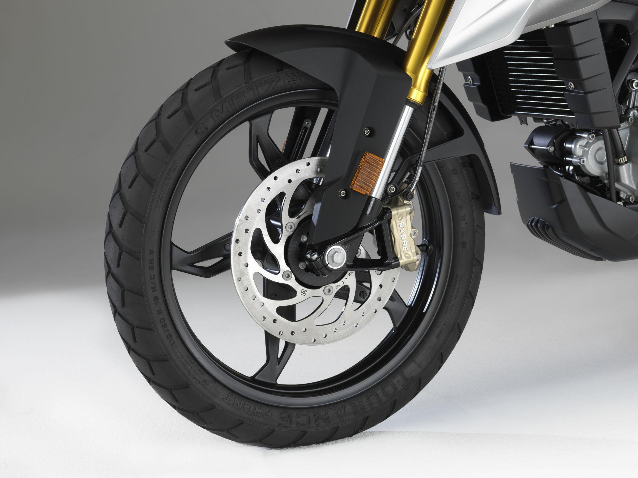 p90241860 highres bmw motorrad g 310 g