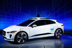 Jaguar I-Pace vai virar táxi autônomo