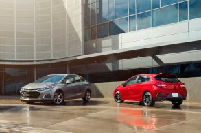 Chevrolet revela Cruze reestilizado nos EUA