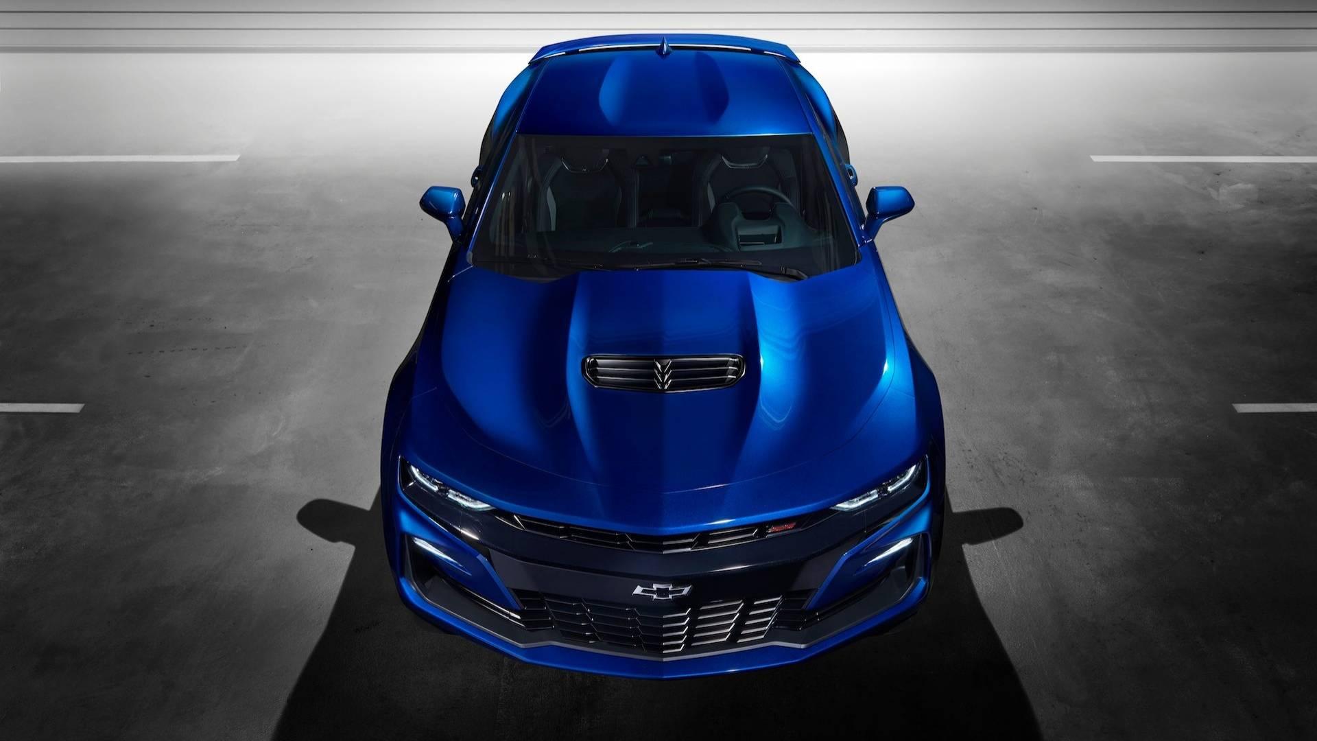 Chevrolet apresenta o Camaro 2019. Esportivo agora conta com o mesmo câmbio automático de 10 velocidades do rival Mustang e tem visual mais moderno.