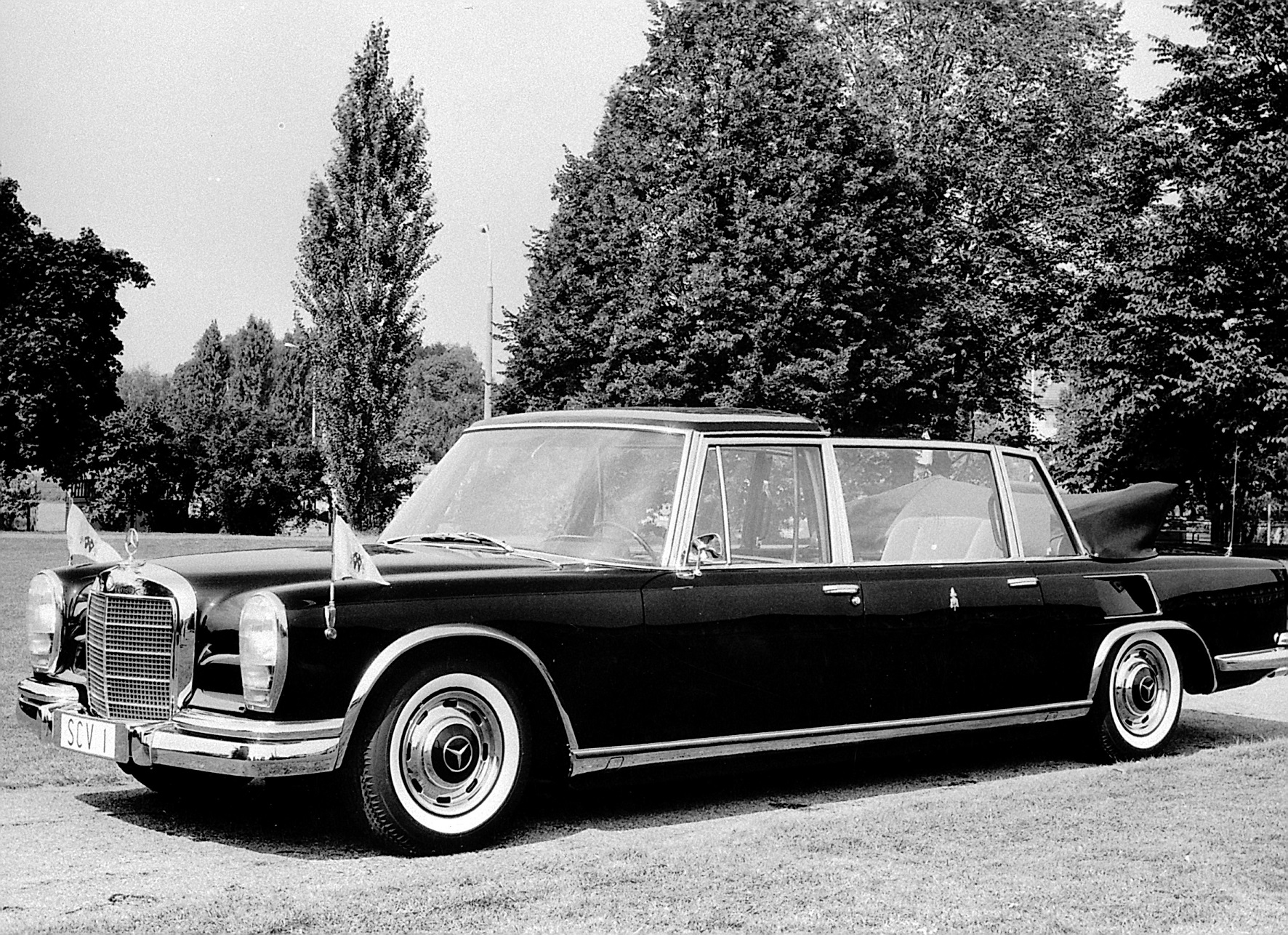 mercedes-benz 600 pullman 1965 papa paulo vi carro do papa
