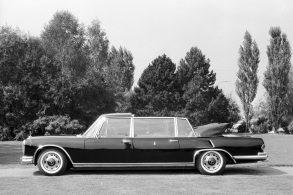 Mercedes 600 Pullman, o carro do Papa