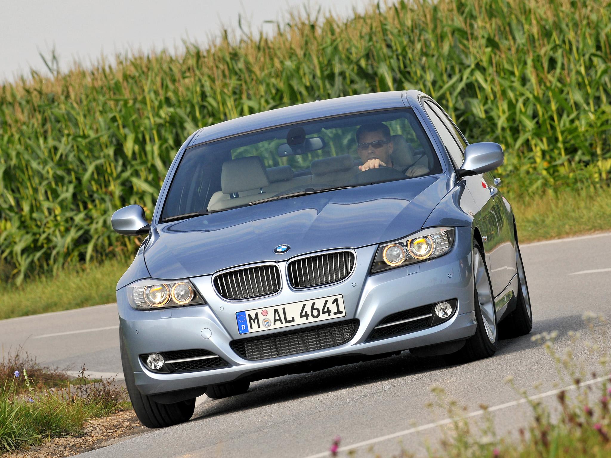 bmw 335i sedan 2008 a 2011 BMW Série 3 recall incêndio