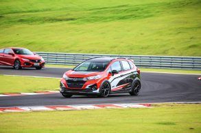 [Vídeo] Conheça o Fit e o WR-V turbinados pela Honda