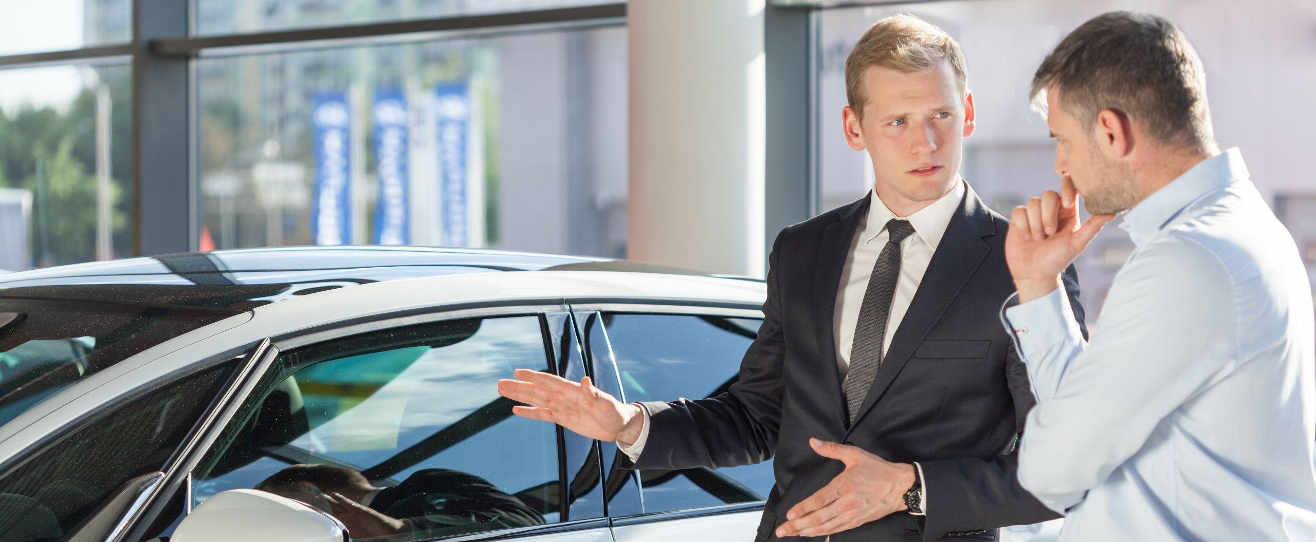 vendedor de carro