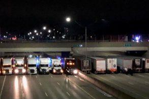 13 caminhoneiros impedem suicida de pular da ponte