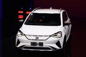 Parceiras, VW e JAC lançam elétrico no Salão de Pequim