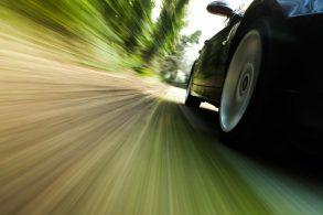 Por que nenhum europeu passa de 250 km/h?