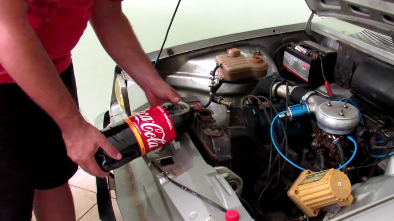 coca cola no radiador