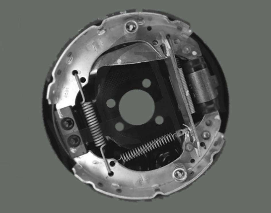 Tambor do freio traseiro de um automóvel em detalhe peças de carros