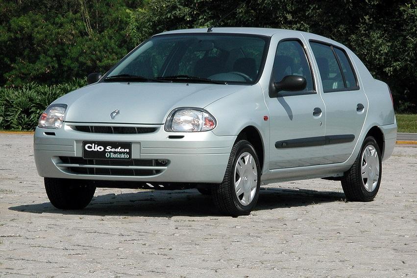 Relembre os 10 carros mais feios do mercado brasileiro: Renault Clio Sedan