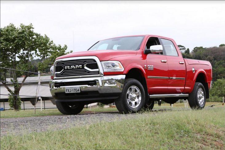 Ram 2500 é uma exceção entres as picapes, e exige habilitação C para ser conduzida