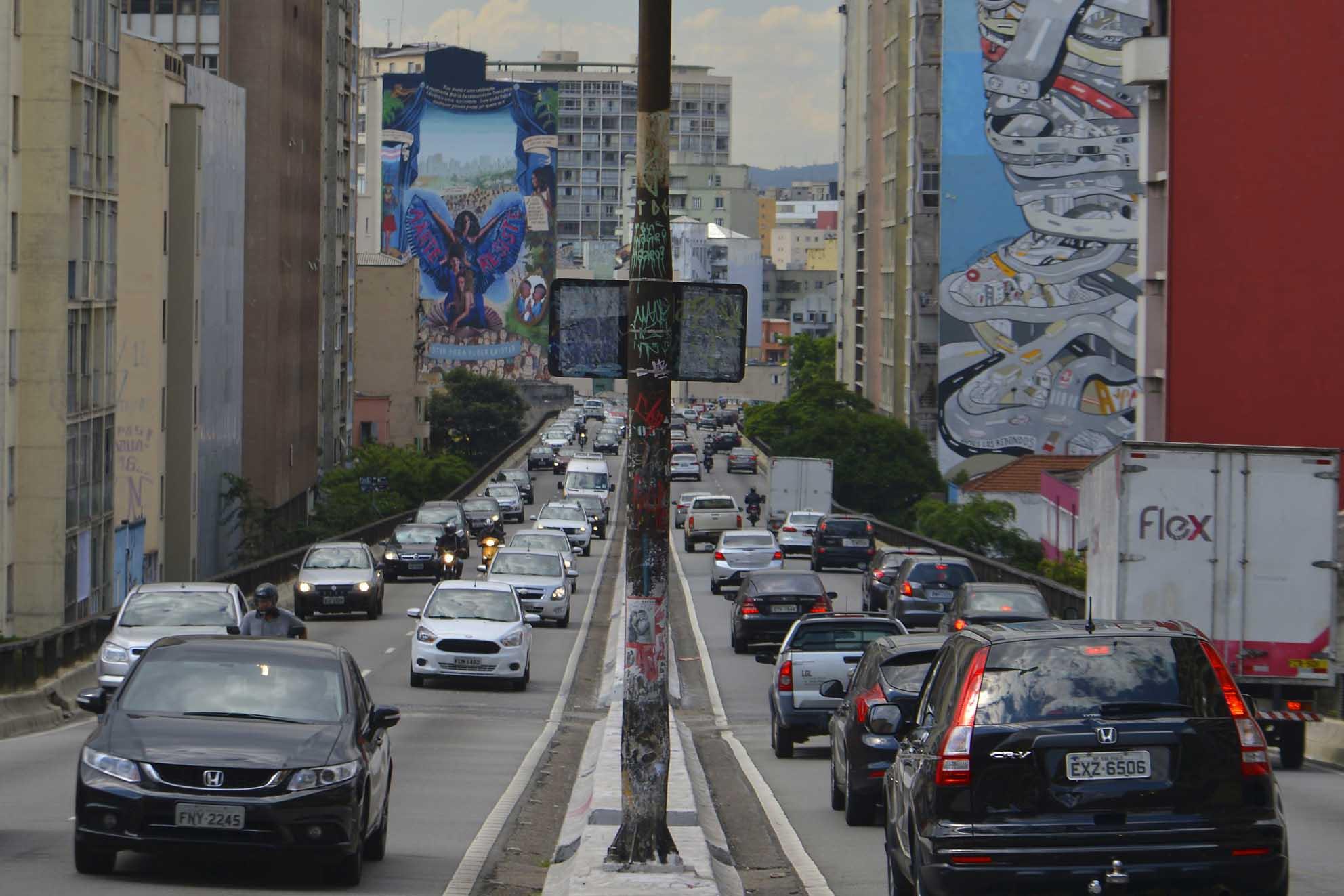 Trânsito brasileiro é mortal: Salvador foi a única cidade brasileira a responder positivamente ao desafio da ONU de reduzir pela metade os óbitos de trânsito