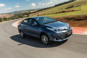 Já dirigimos o Toyota Yaris sedã: confira nossas impressões