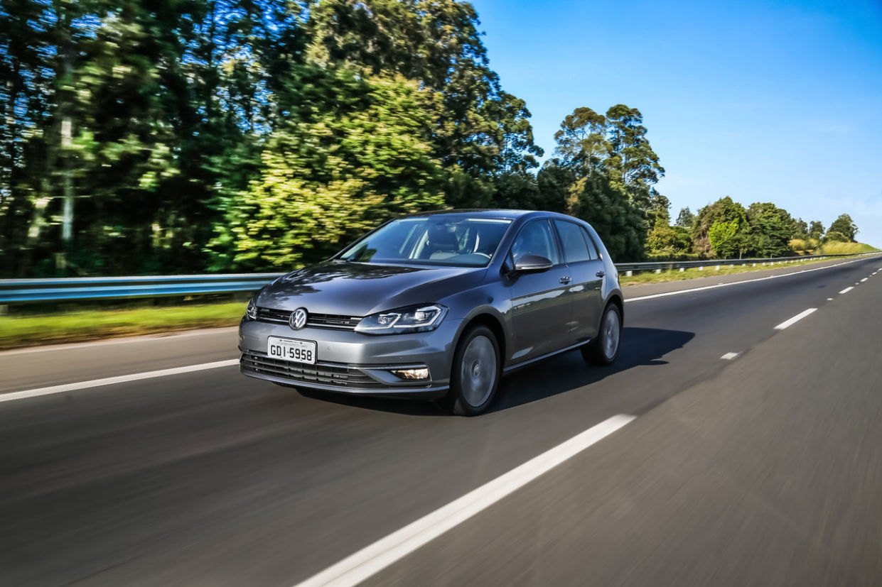 Volkswagen enfim lança Golf 2019 com atualização de estilo