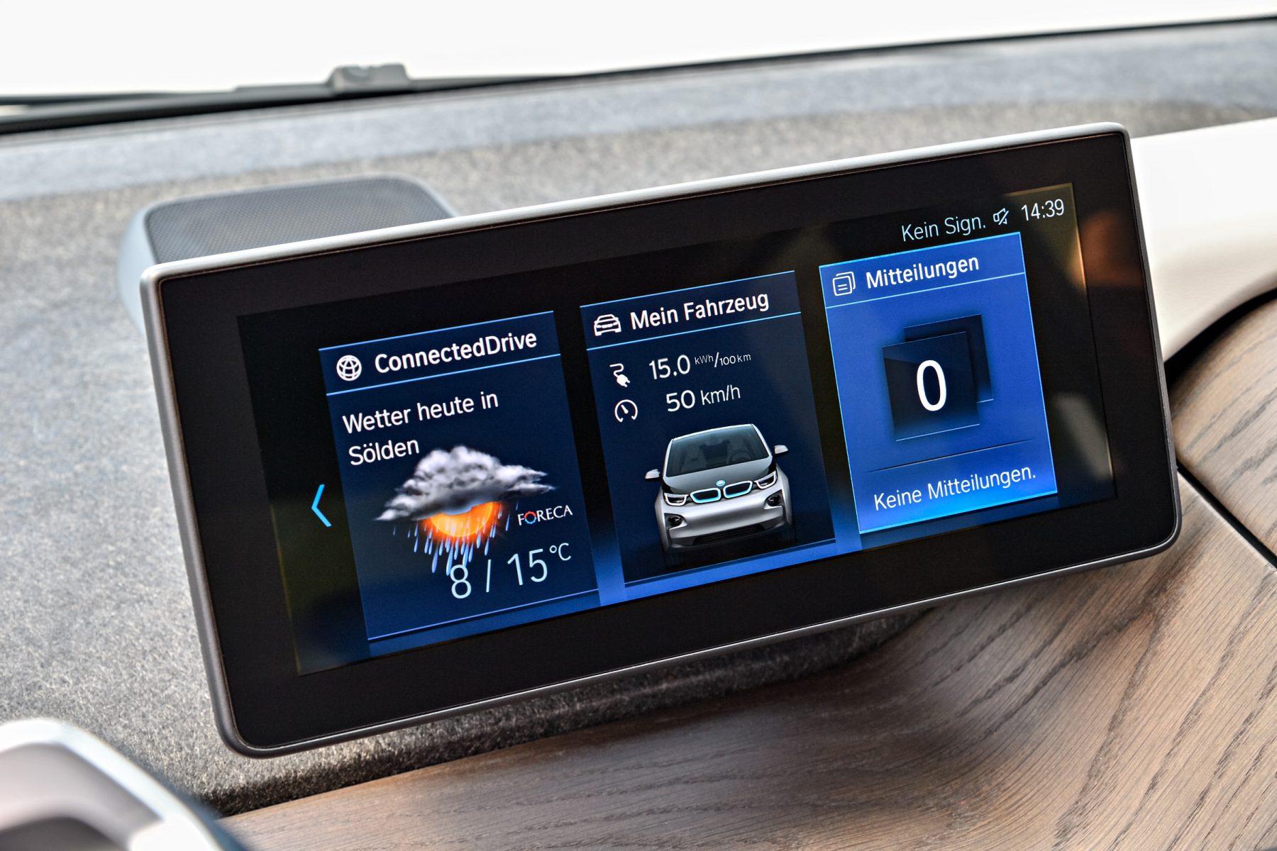 A BMW está oferecendo mais uma opção para seu carro elétrico no Brasil. A BEV Full tem todos os equipamentos da top de linha, mas dispensa o extensor.