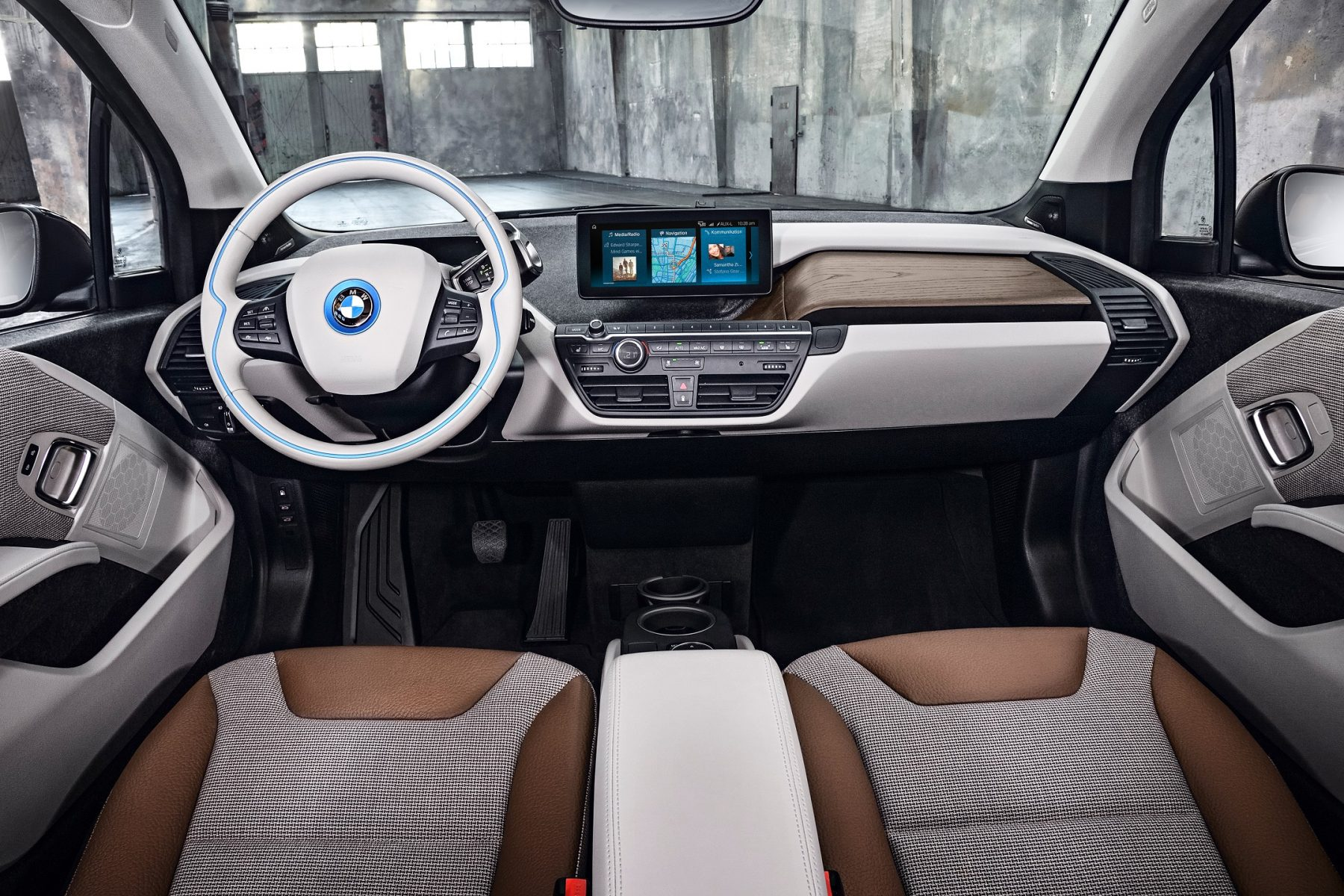 p90273516 highres the new bmw i3 08 20