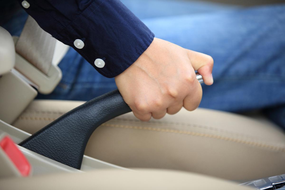 Da chave presencial à recirculação do ar-condicionado, a má utilização destes componentes são erros ao volante com graves consequências.