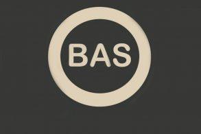 ABS todo mundo conhece. Mas, e o BAS? É a mesma coisa?