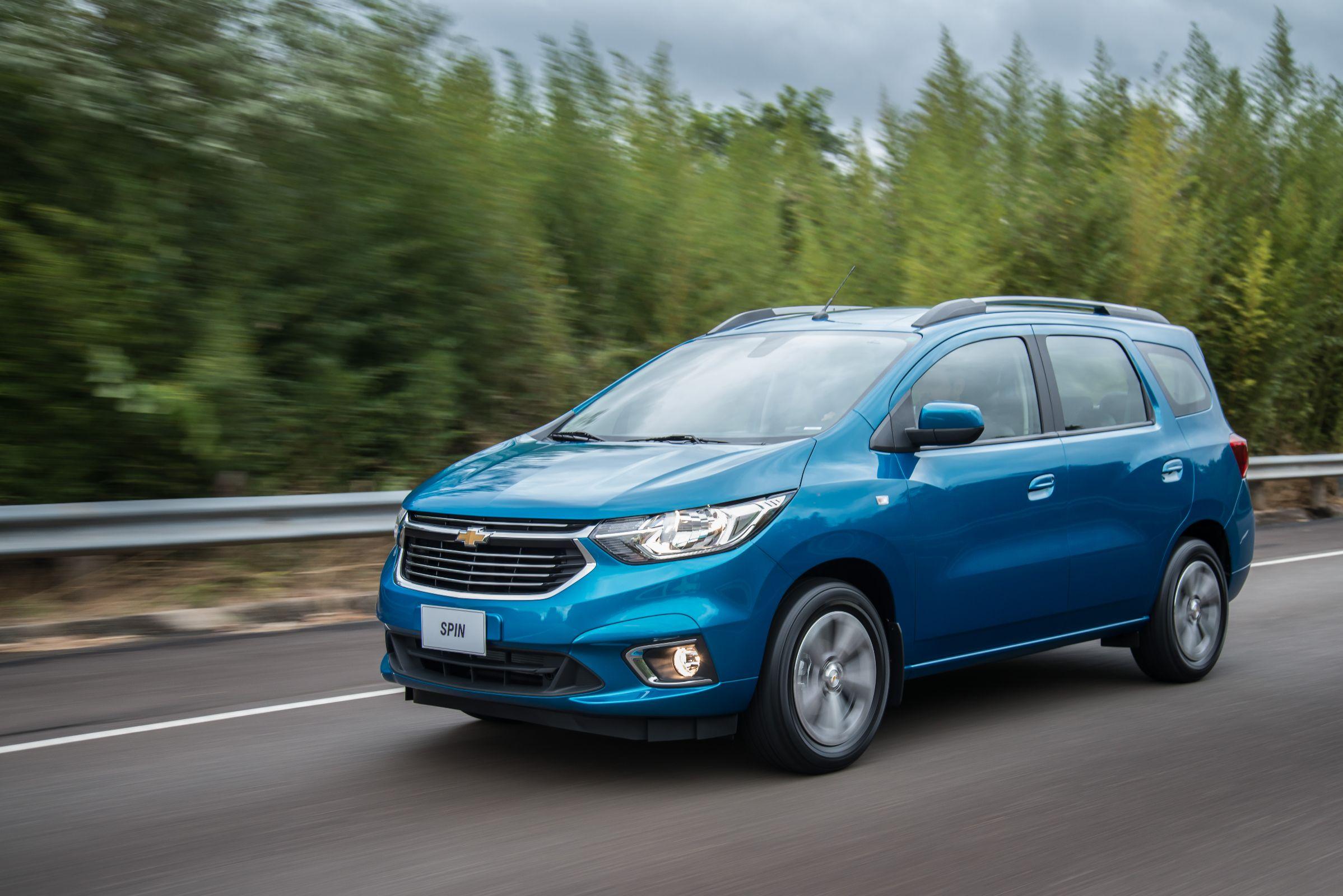 7eb9e6974c5 Chevrolet Spin é opção de carros com 7 lugares mais barato do Brasil