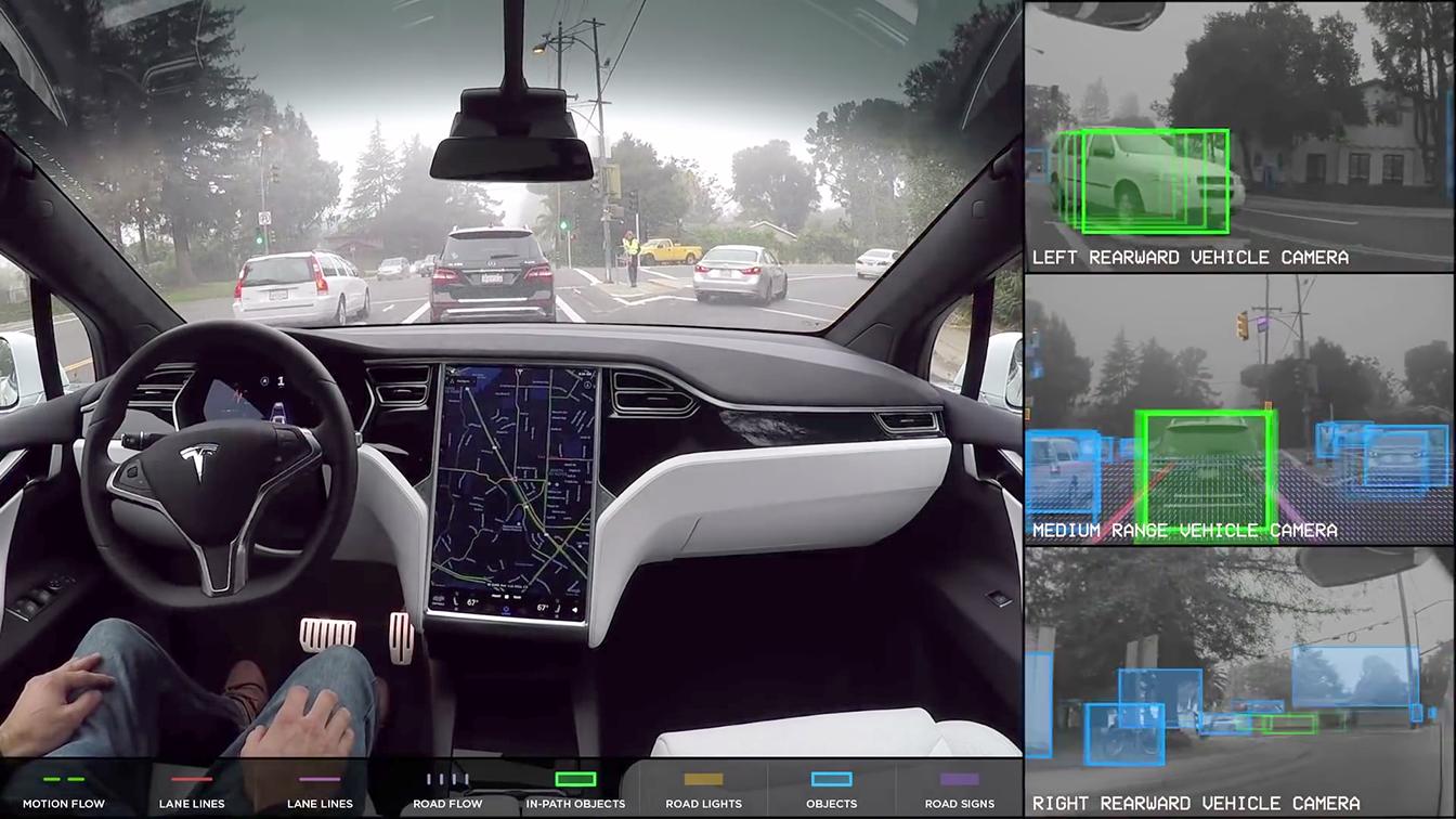 Níveis de direção autônoma: Imagens do vídeo da Tesla mostrando condução autônoma do Autopilot (Reprodução do YouTube)