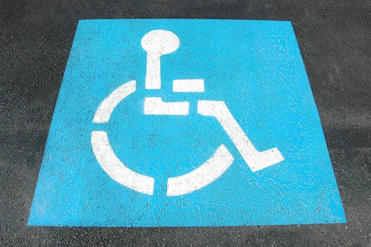 handicap parking 2328893 1920