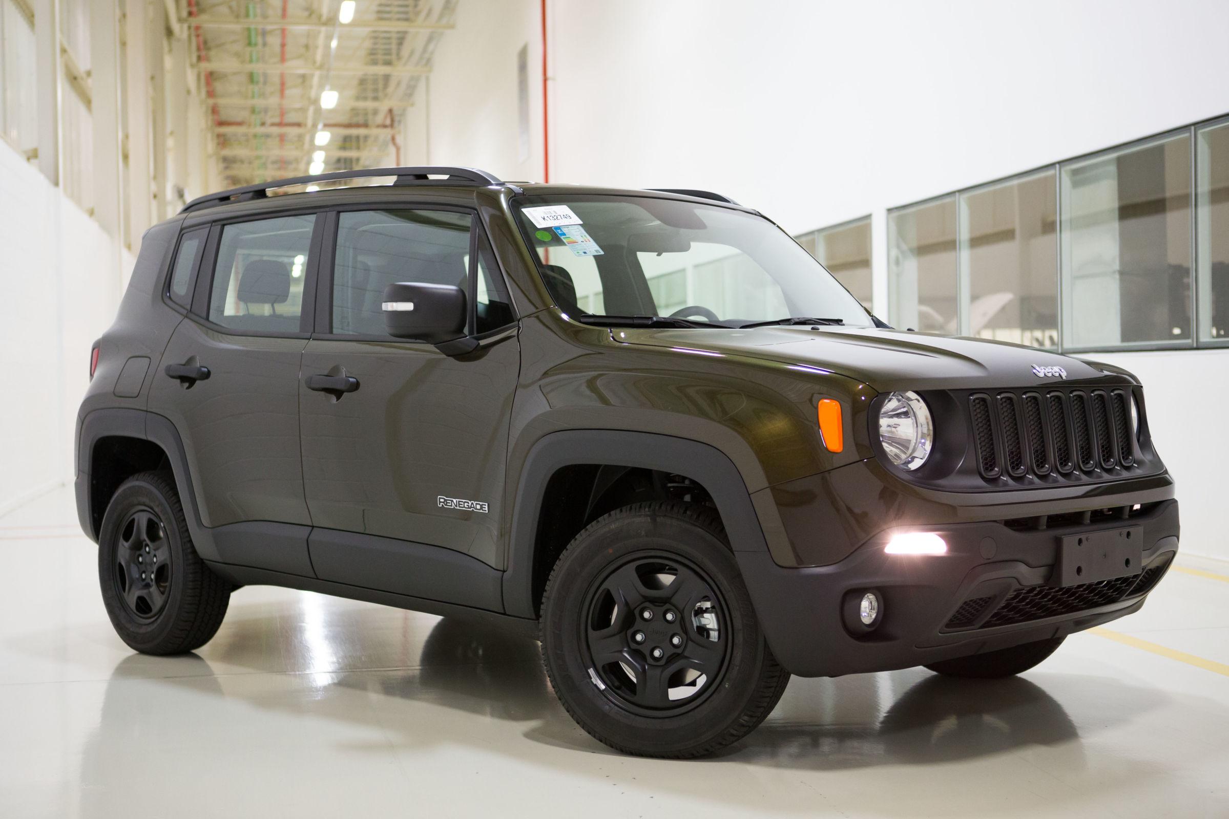 Os 7 carros 4x4 mais baratos do Brasil: Jeep Renegade Custom