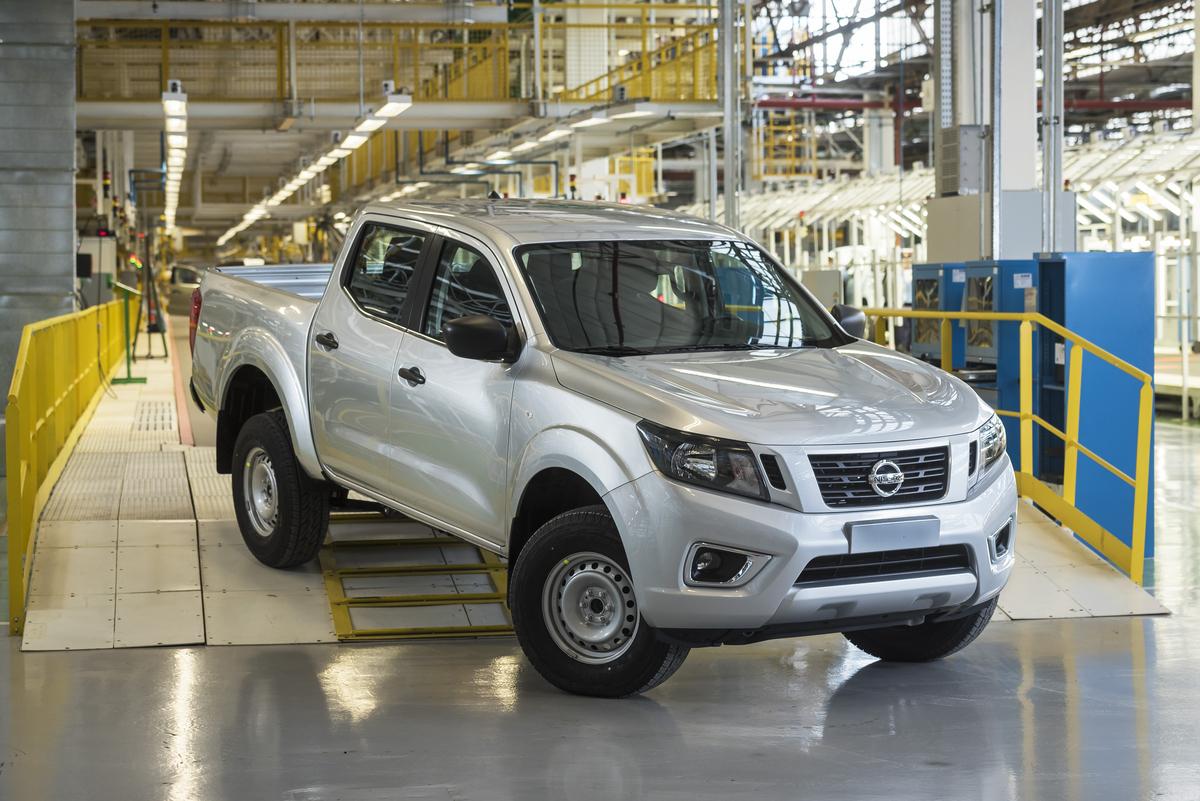 Frontier argentina: em produção para o Brasil, Nissan insiste na mentira Fotos_nissan_frontier_fsi_01_13
