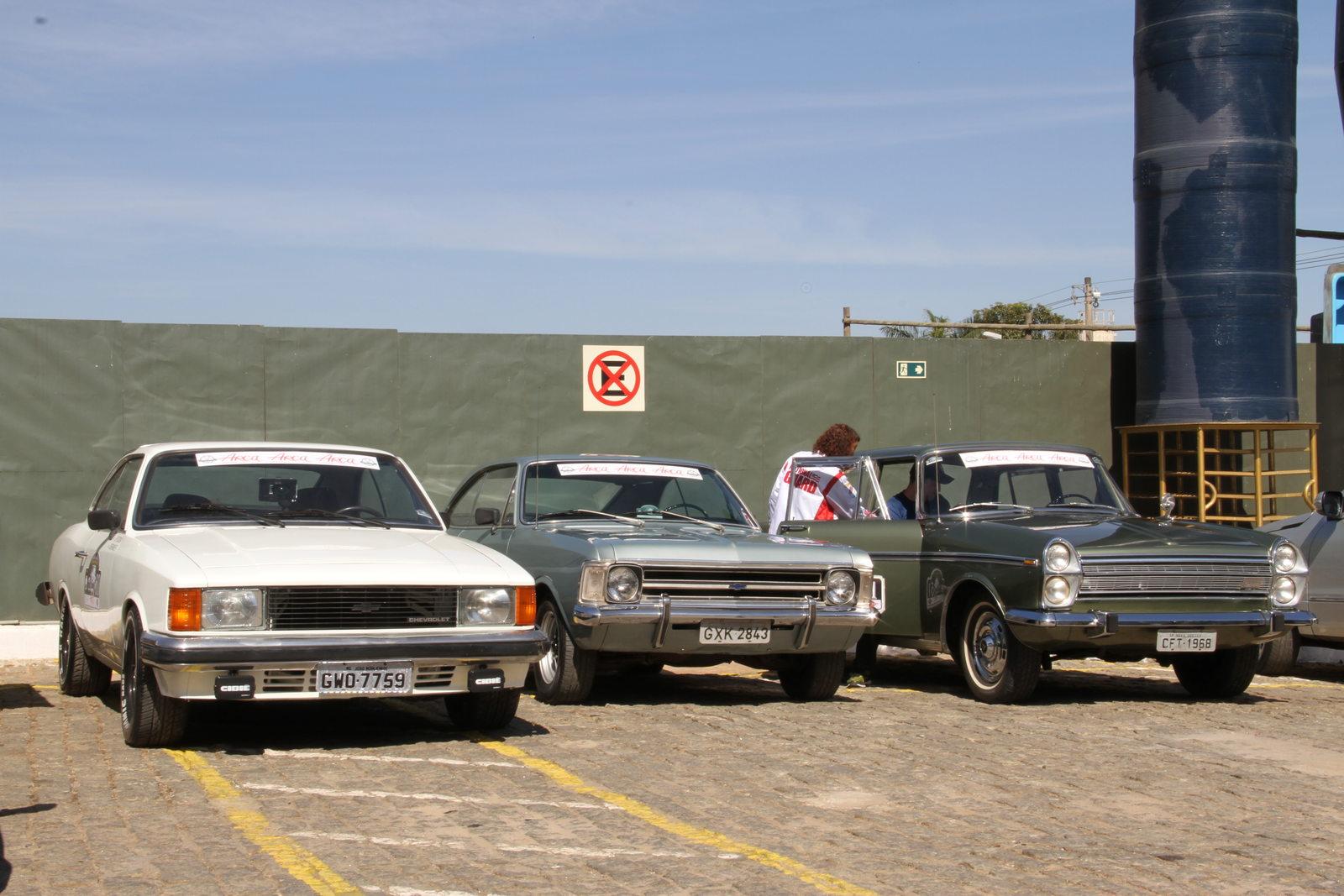 Raid Estrada Real coloca antigos em movimento nas estradas mineiras