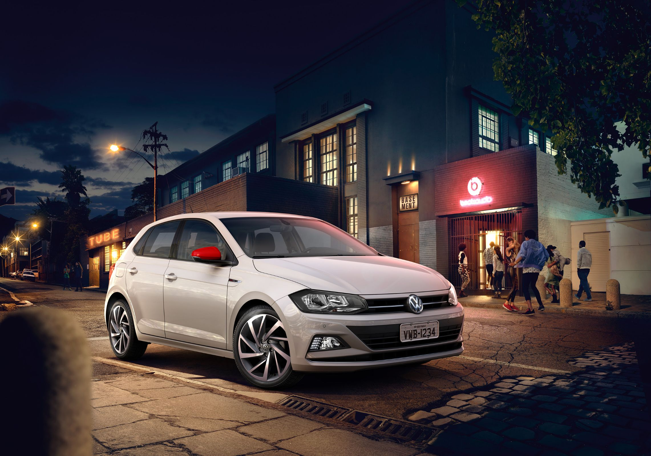 Carros com bom desempenho: Volkswagen Polo Highline