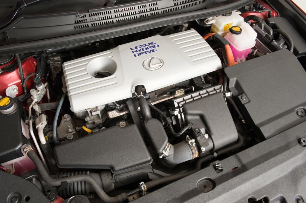 Carros de marcas distintas com o mesmo motor: Lexus CT200h