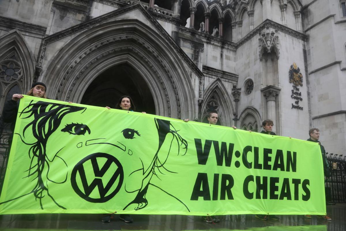 Greenpeace protesta contra Volkswagen, na Inglaterra. (Greenpeace | Divulgação)