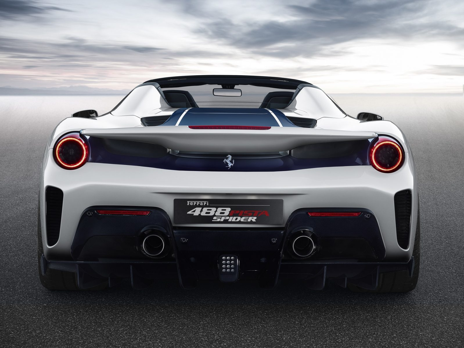 5 ferrari pista spider rear
