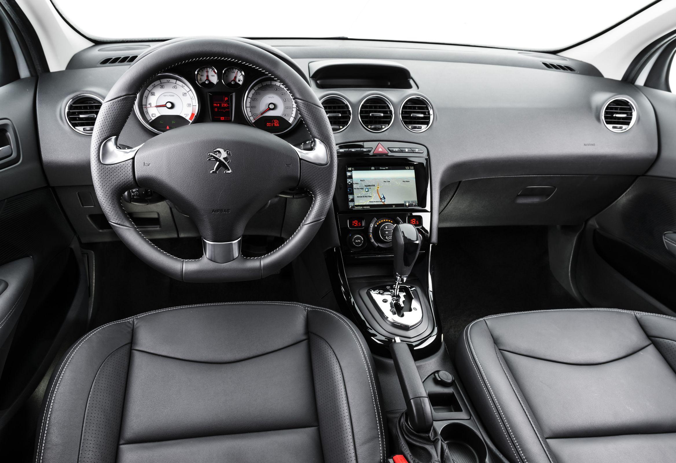 Peugeot 408 Griffe 0 km x Jetta 2016 Highline