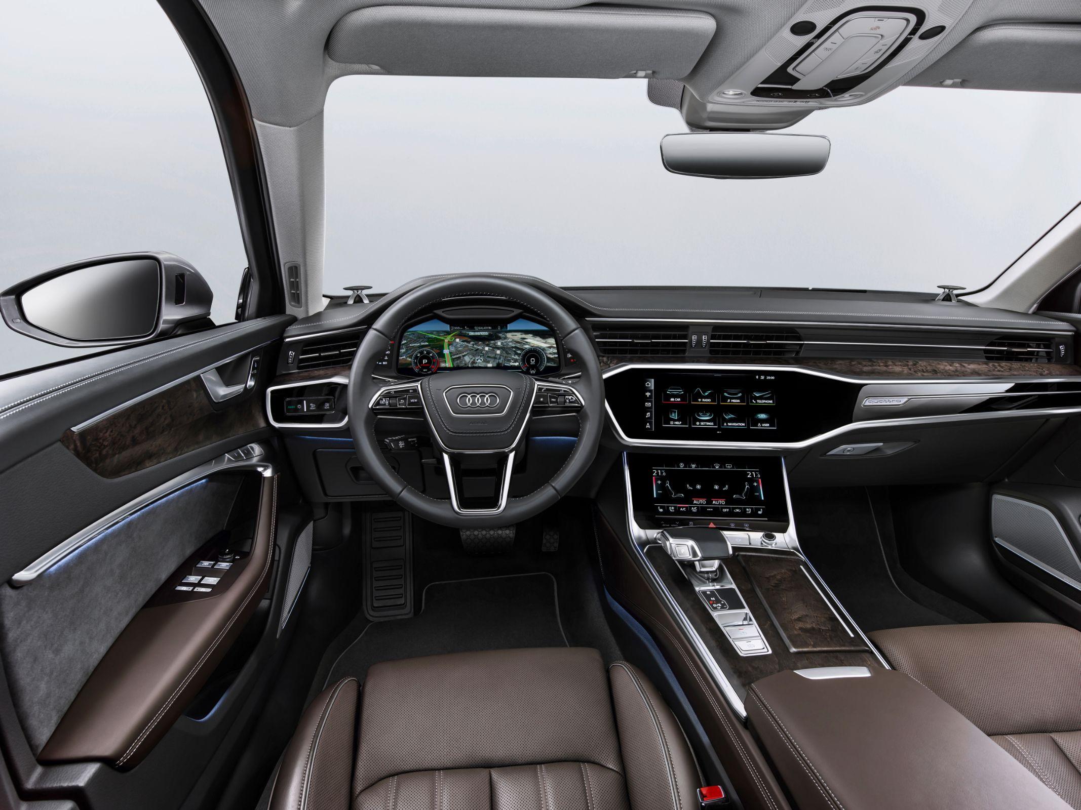 Audi A6 será apresentado no Salão do Automóvel de São Paulo. Modelo terá duas opções de motorização com tecnologia híbrida. Preços não foram divulgados.