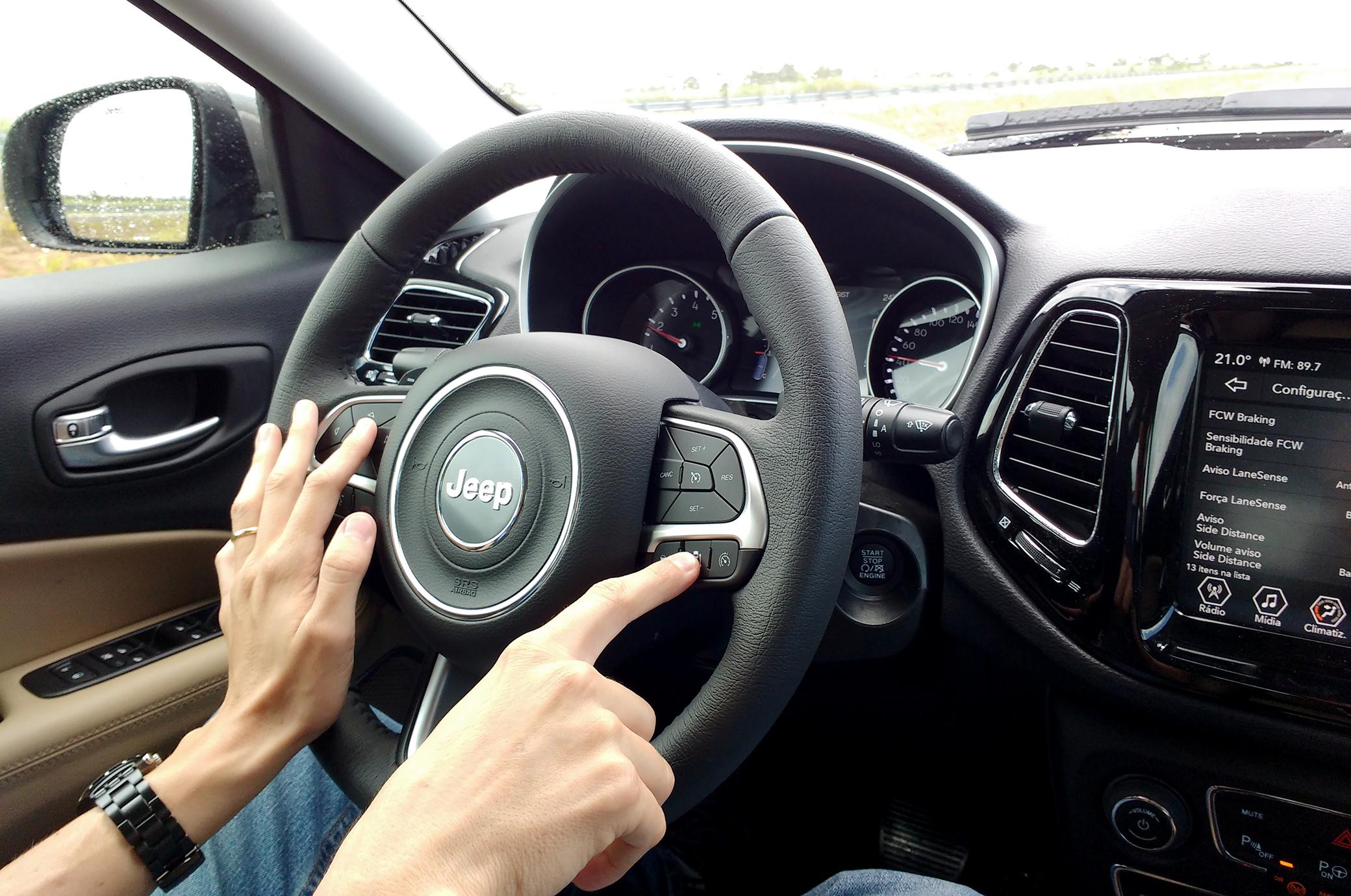 botão do acc jeep compass