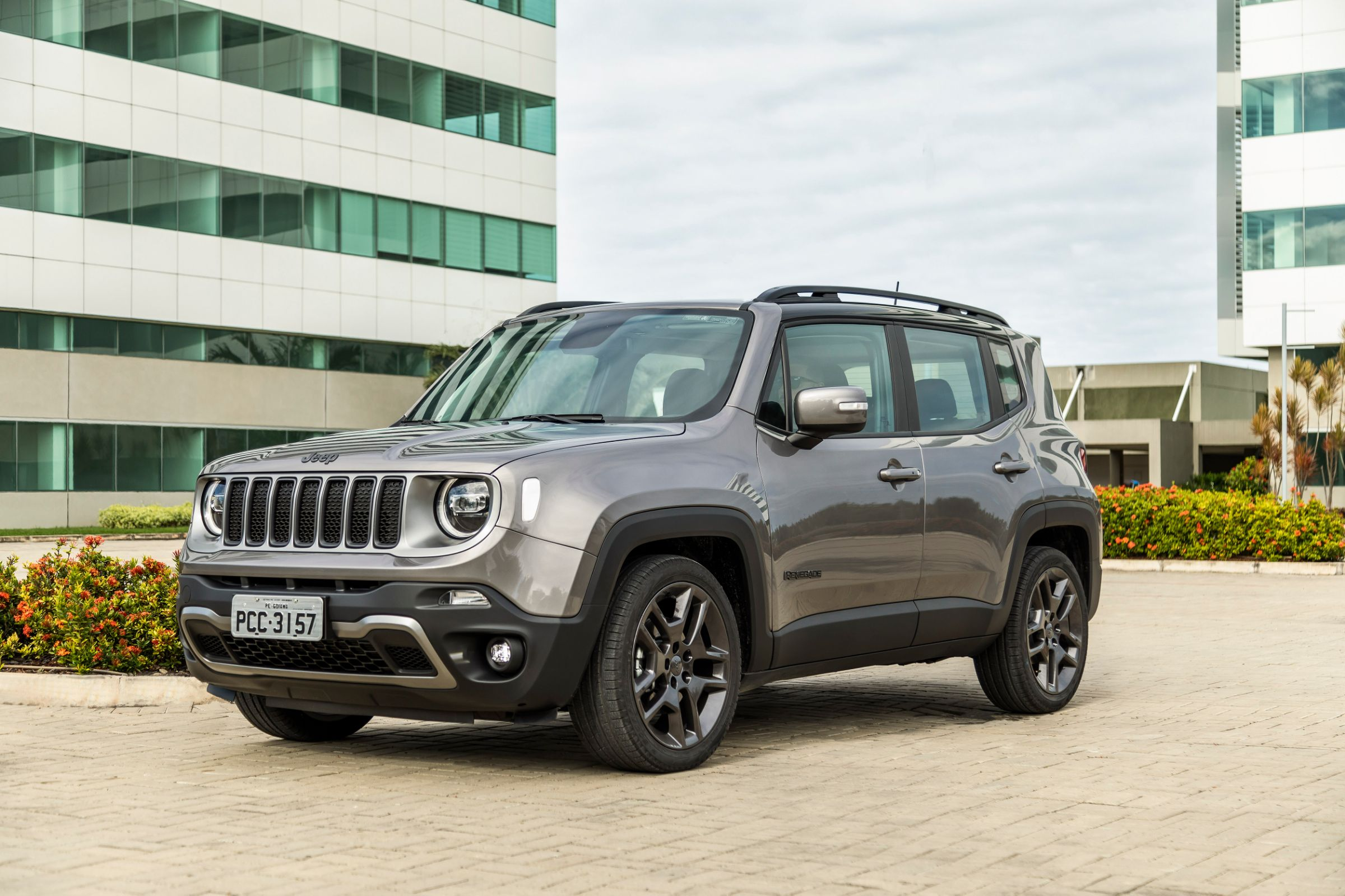 jeep renegade limited 006
