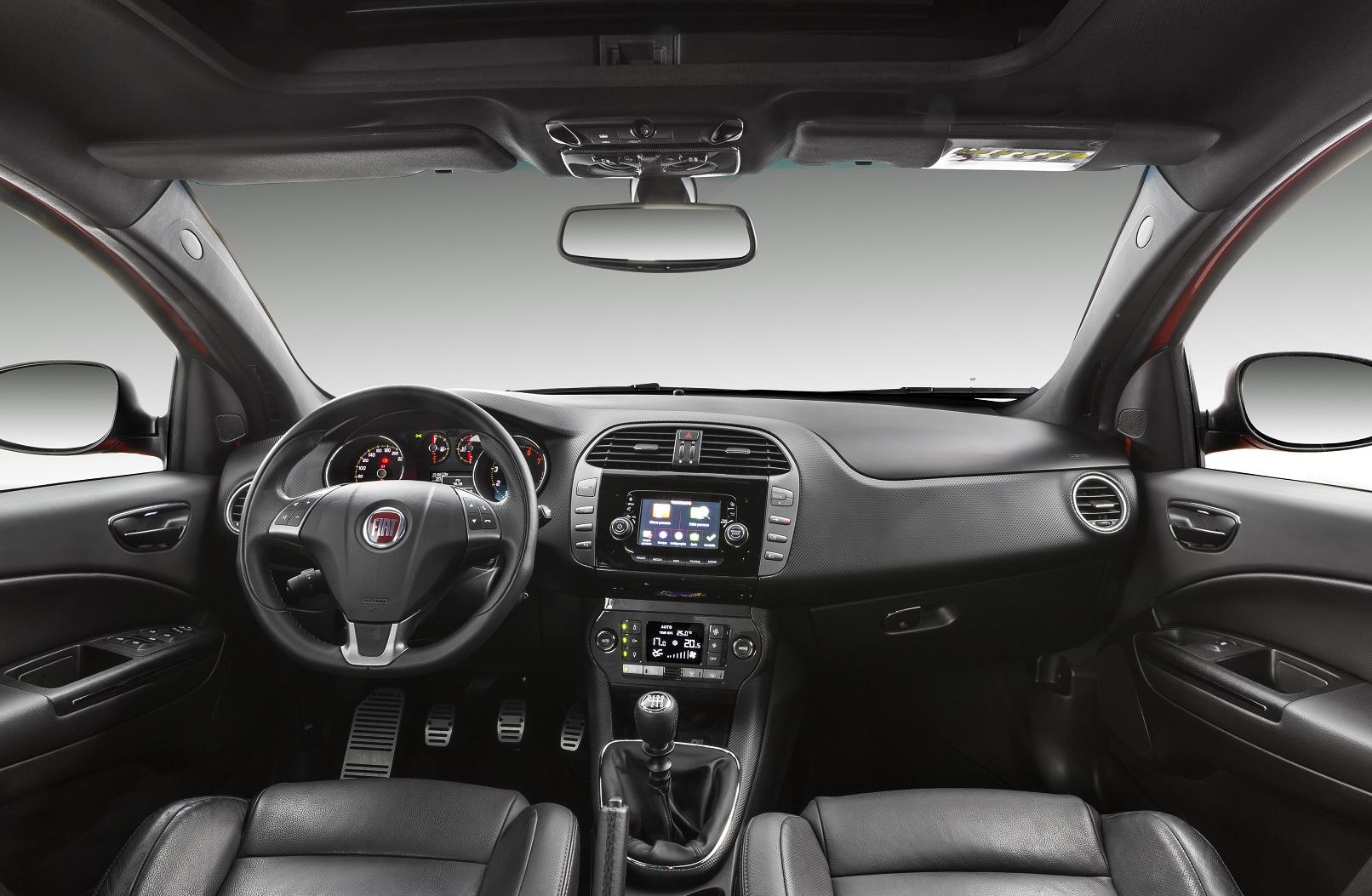 Fiat Bravo T-Jet 2015/16 já raz visual reestilizado, além do motor 1.4 turbo de 152 cv de potência