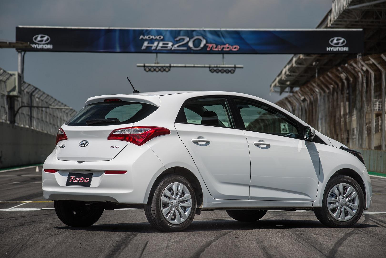 Hyundai HB20 com motor 1.0 turbinado, além de ser 0 km,tem como destaque o baixo consumo de combustível