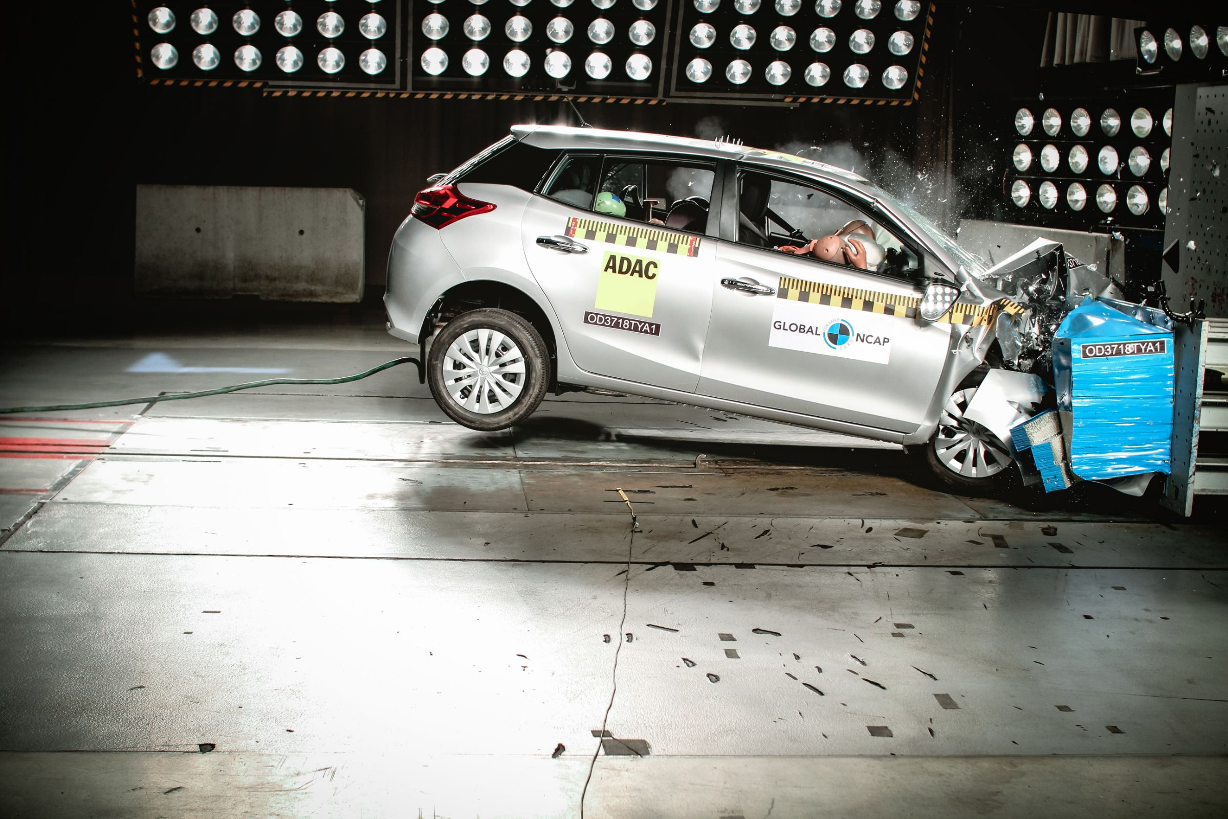 Volkswagen T-Cross e Toyota Yaris se sairam bem no teste do Latin NCAP
