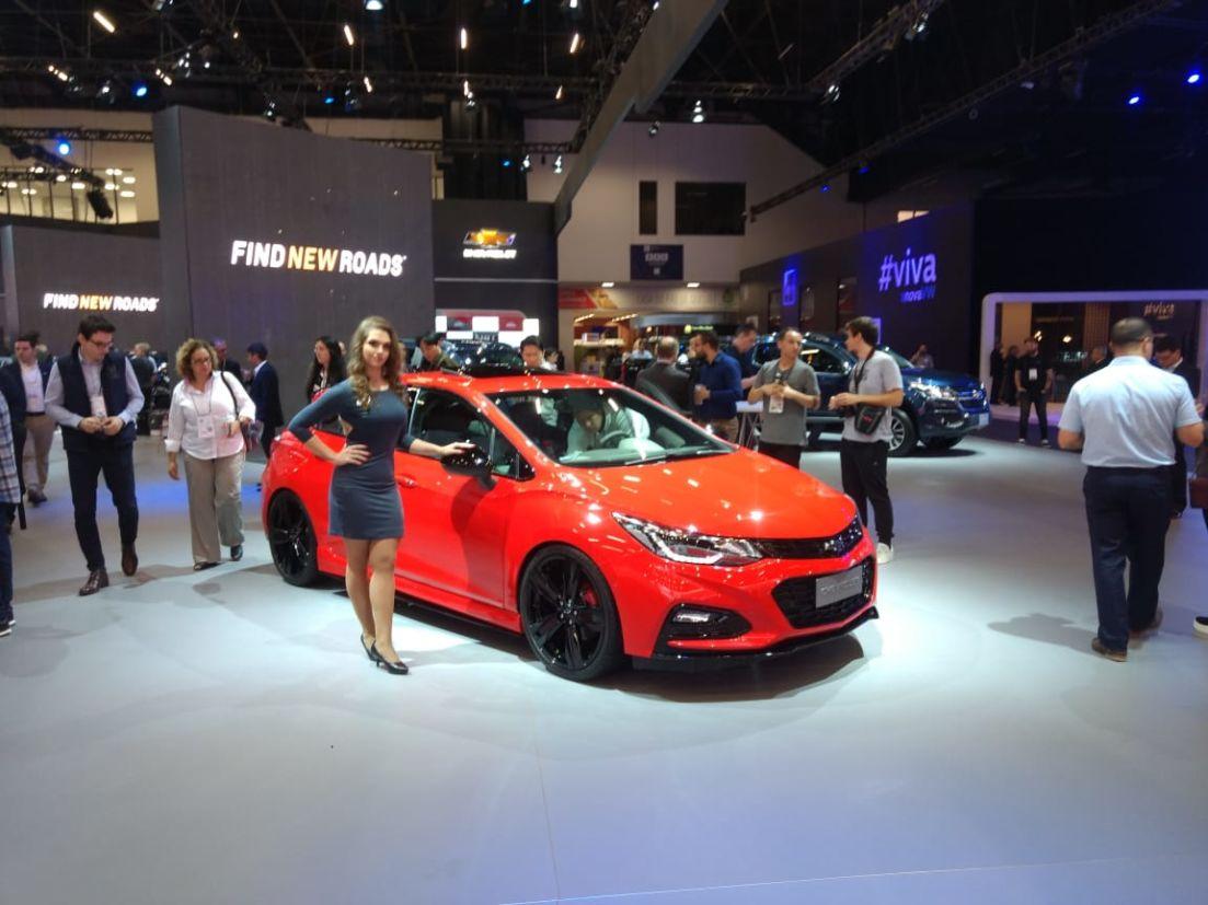Chevrolet Cruze SS é um hot hatch conceitual com motor 1.4 turbo de 300 cv de potência