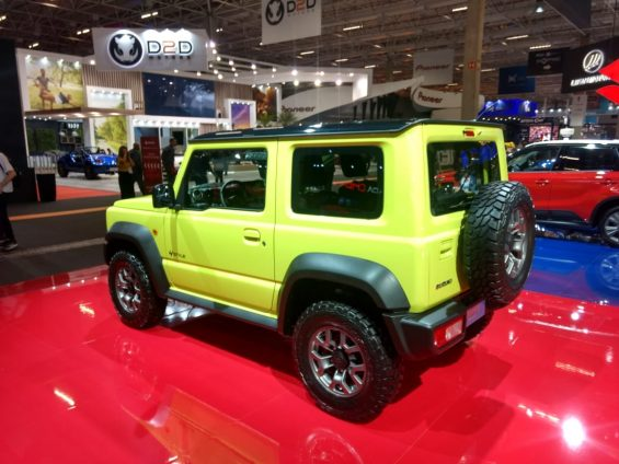 suzuki no salao do automovel novo jimny 3