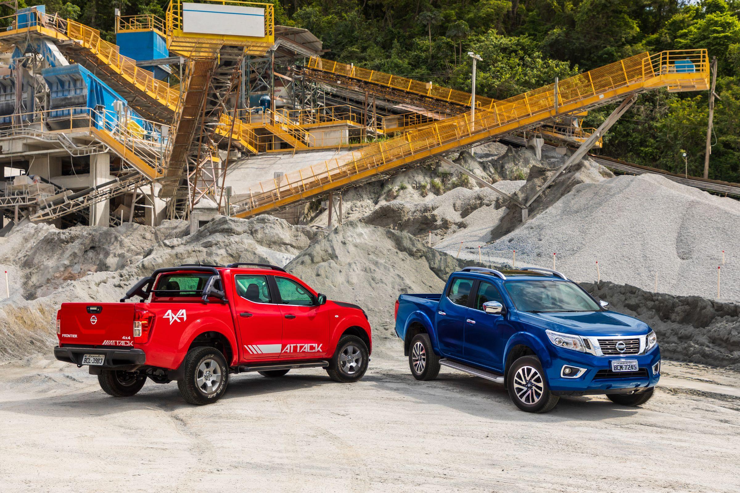 A Nissan revelou, nesta segunda-feira (12), os valores da Frontier 2019. Inicialmente três versões serão trazidas da Argentina. Preços vão até R$ 193 mil.