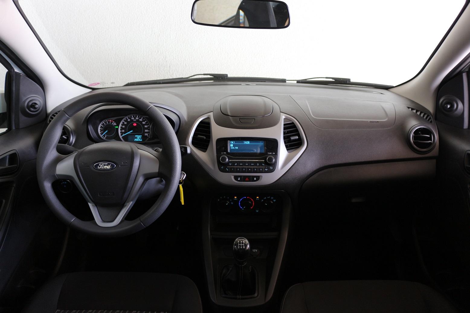 Ford Ka SE 1.0 mostra na avaliação do AutoPapo que tem o essencial como destaque
