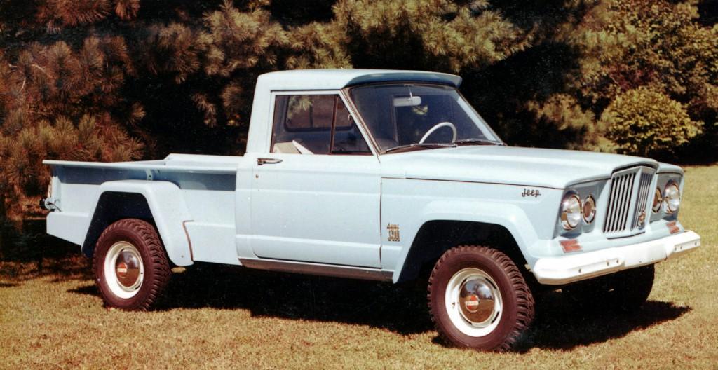 A Gladiator é a primeira picape da Jeep em 26 anos, e ela foi feita em cima do veterano Wrangler e ganhou nome de modelo vintage.