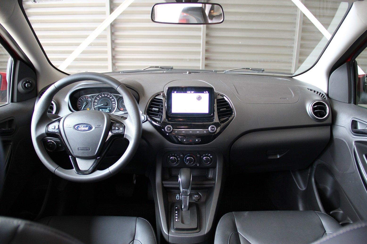 Motor 1.5 de três cilindros e câmbio automático de seis marchas são pontos fortes do Ford Ka Sedan Titanium