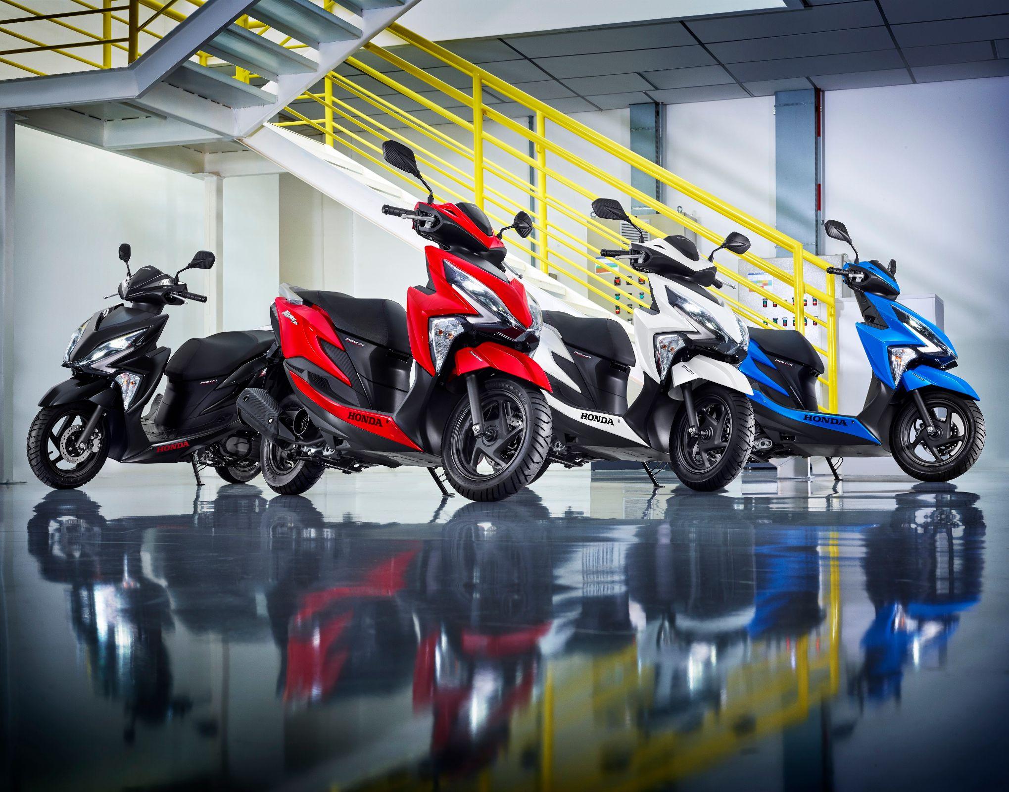 Chega ao Brasil, na primeira quinzena de dezembro, a nova scooter da Honda. A Elite 125 apresenta faróis em LED, painel digital e freio CBS.